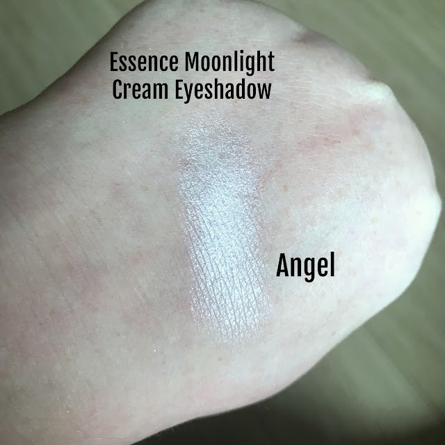 Essence Cream Eyeshadow