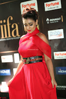 Apoorva in a Stunning Tight Leg Split Sleeveless Red Gown at IIFA Utsavam Awards 026.JPG