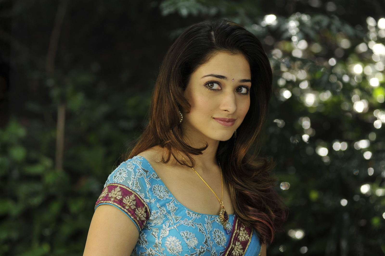 Tamanna In Tadakha Halfsaree: Tamanna Latest Cute Close Up Photoshoot
