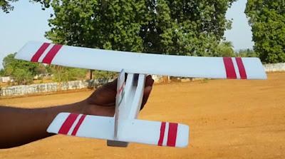 This is Remote Control Aeroplane,Hindi Me Jano Sab Kuch