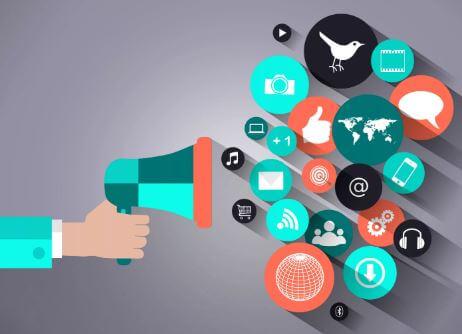 7 من السهل تنفيذ استراتيجيات التسويق عبر وسائل التواصل الاجتماعي