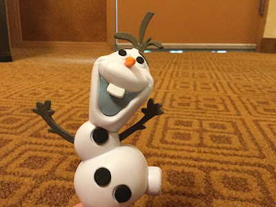 Disney Olaf car topper