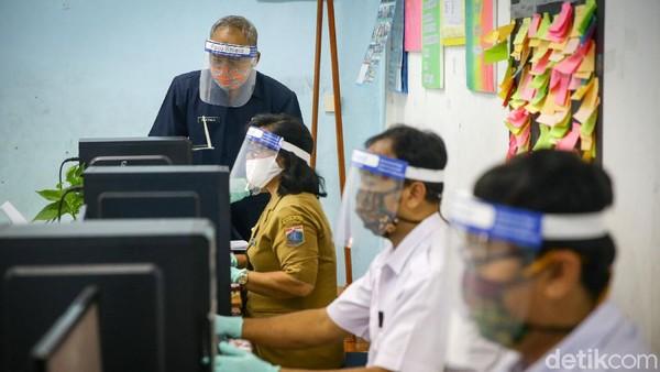 Nasib Siswa 'Korban' Syarat Usia PPDB DKI: Galau, Nangis Melulu dan Malu