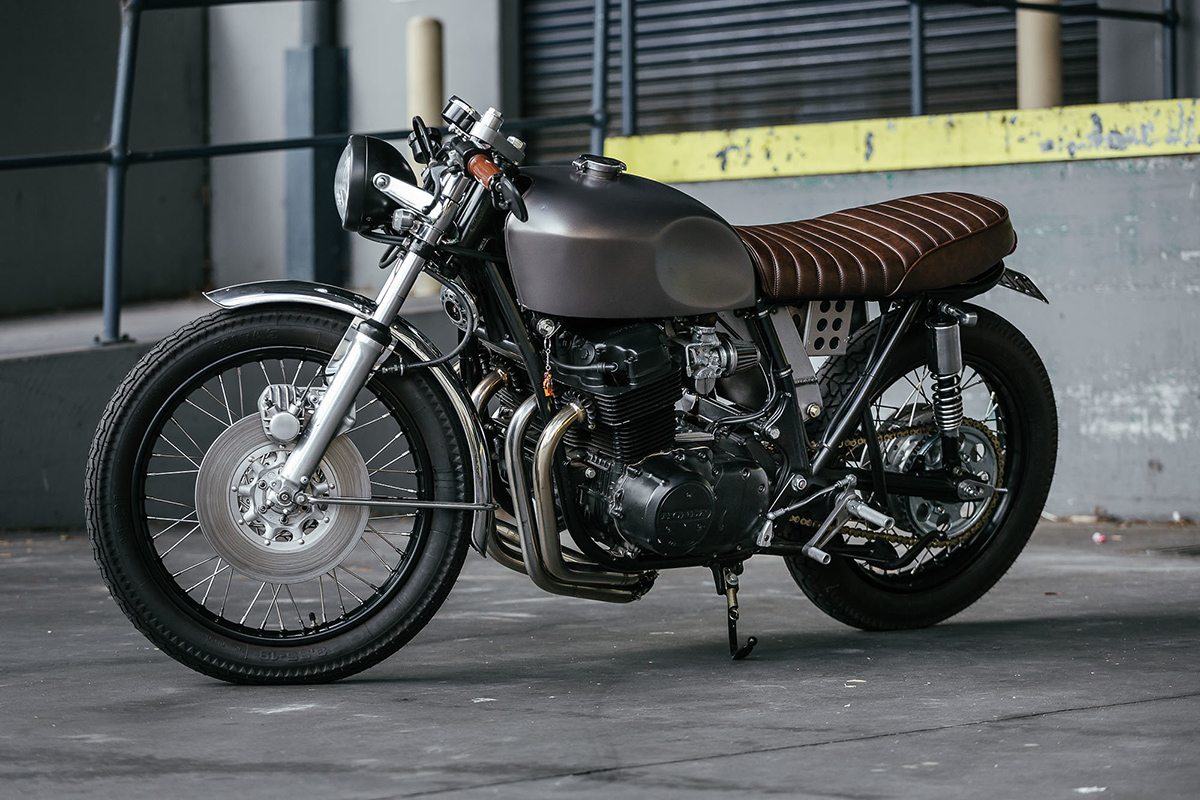 first timer honda cb750 cafe racer return of the cafe. Black Bedroom Furniture Sets. Home Design Ideas