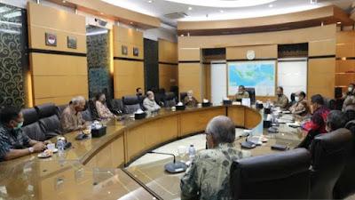 Dikepung Para Purnawirawan TNI, Mahfud MD: Pancasila Tak Beri Tempat untuk Komunisme