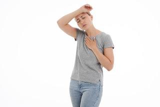 ألم في الصدر وصداع بالراس مالسبب ؟