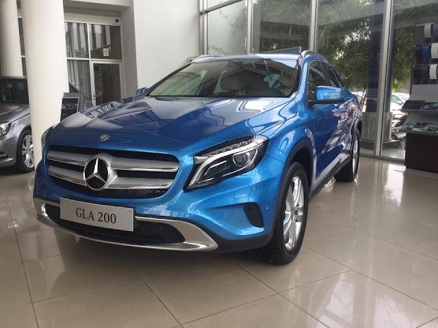 Mercedes GLA200 màu xanh 01