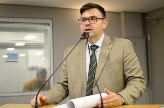 Raniery Paulino questiona: Por qual razão os exames do COVID-19 não são realizados na Paraíba?