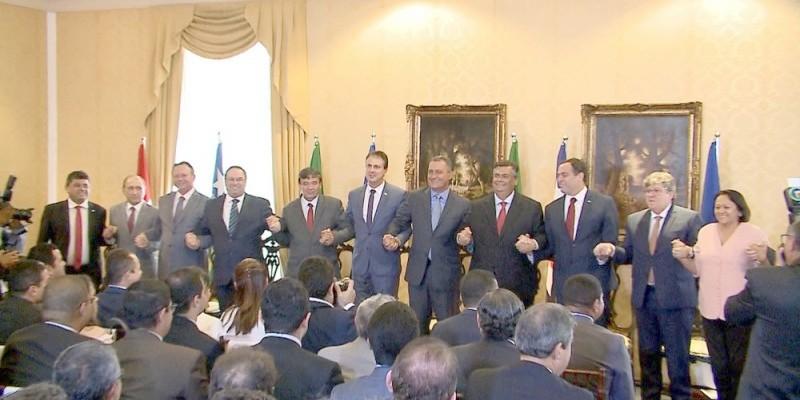 Governadores do Nordeste emitem nota e repudiam ataque de Bolsonaro a Barroso
