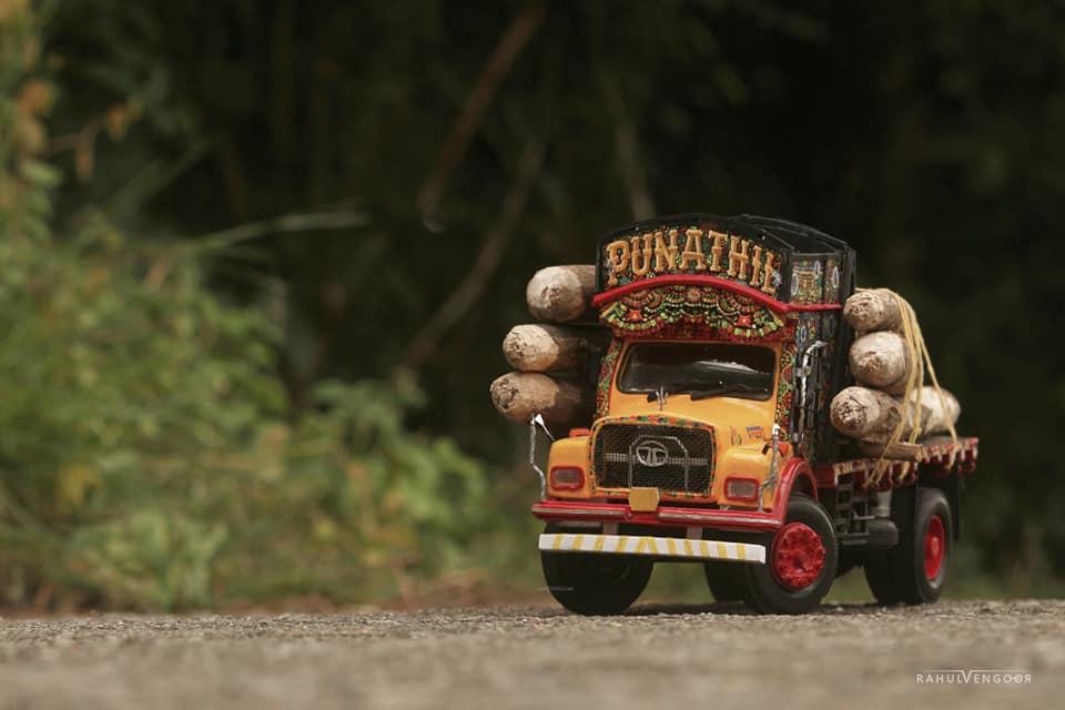 Amazing Lorry Miniature craft