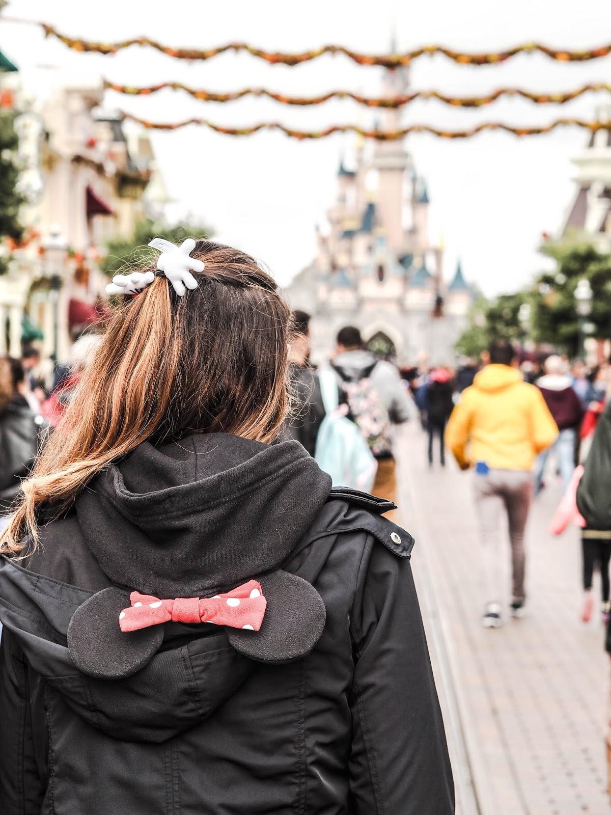 Disneyland Paris Rockin The Dots Minnie Style