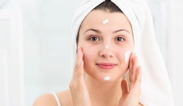 Langkah 2 Makeup - Memakai Skincare atau Pelembab