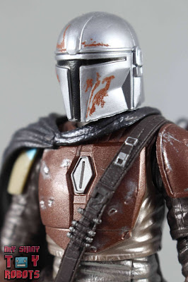 Star Wars Black Series The Mandalorian Carbonized Collection 01