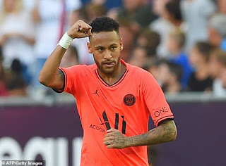 Neymar sends visitors back to the top of Ligue 1 with narrow victory