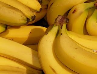 , banana benefits for weight loss, banana benefits for womens, banana benefits and side effects, banana benefits for men, banana benefits for skin, banana nutrition, banana facts, banana calories