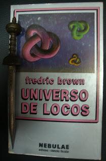 Portada del libro Universo de locos, de Fredric Brown