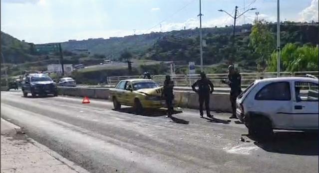 Se registra fuerte choque ena carretera Querétaro-Tequisquiapan