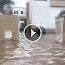 فيديو.. شاهد الفيضان يصل منزل بنكيران