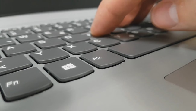 The keyboard has inconsistent tactile feedback to give during typing.