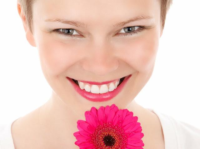un sorriso bello e naturale - www.glialchimisti.com