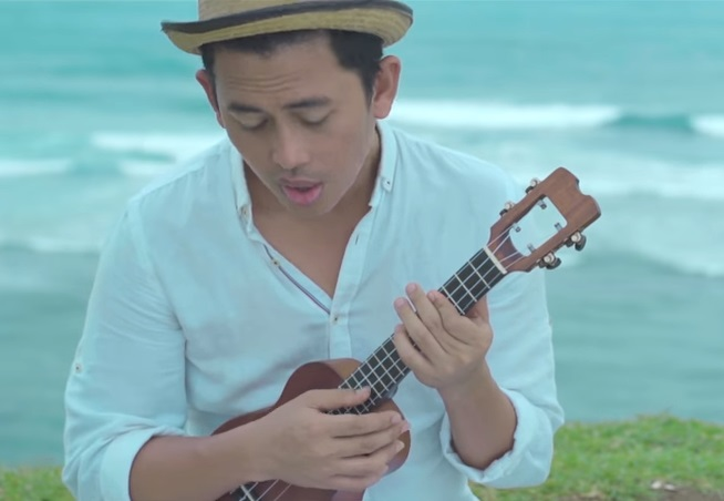Lirik lagu budi doremi tolong free download