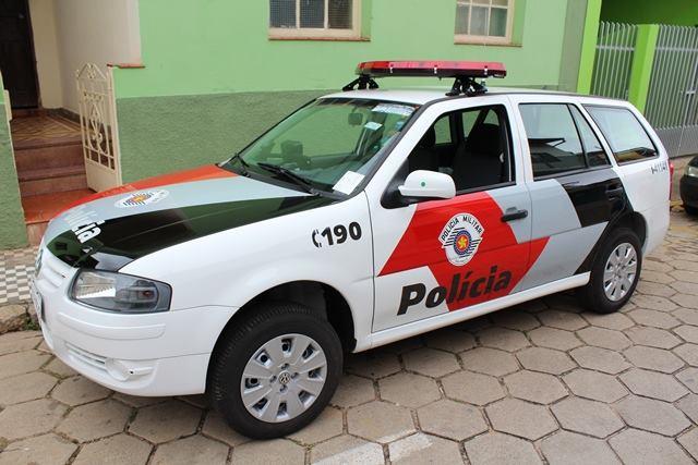 POLÍCIA MILITAR DE ELDORADO ATENDE OCORRÊNCIA COM ADOLESCENTE ACIDENTADA QUE PEGOU MOTOCICLETA ESCONDIDA DA MÃE