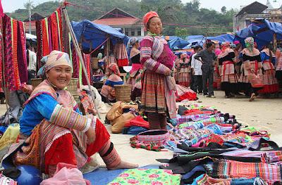 Đi vào lòng người phiên chợ Mèo Vạc Hà Giang