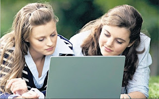 Laptop with girls photo