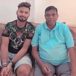 rishabh pant with her coach tarak sinha