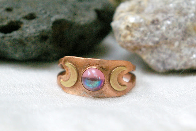 https://www.etsy.com/ca/listing/699764004/triple-moon-ring-copper-and-brass-mixed