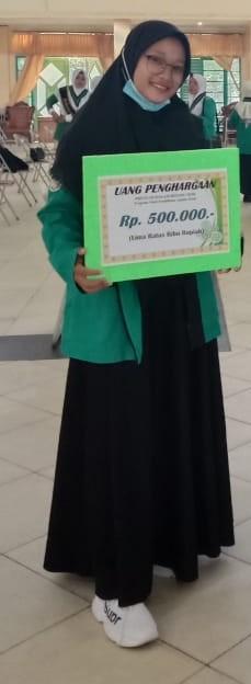 Siti Nurmaya Prodi PAI Mendapat Apresiasi Dari FTIK IAIN Palangka Raya  Dibidang Seni