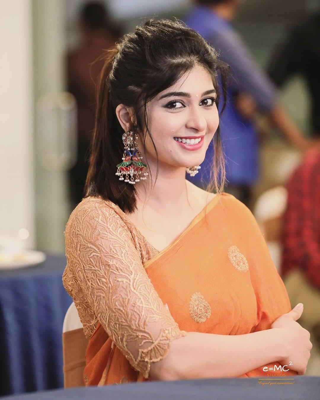 Aditi Prabhudeva 14