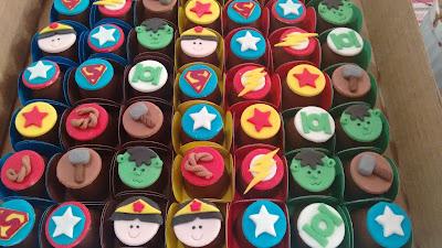 bombom Super heróis