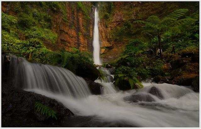 Air Terjun Kapas Biru;10 Top Destinasi Wisata Lumajang