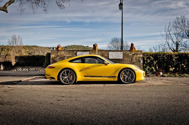 2018 New Porsche 911 Carrera T side view