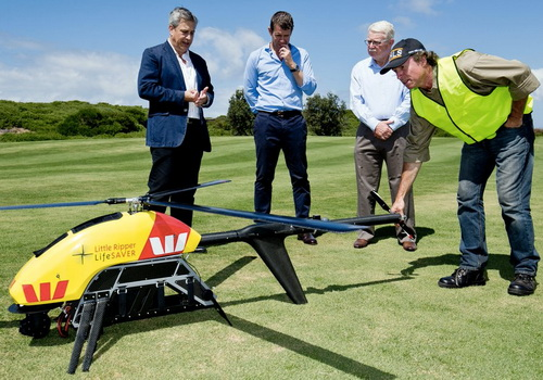 Tinuku Drone patrols the shores of Australia to detect sharks