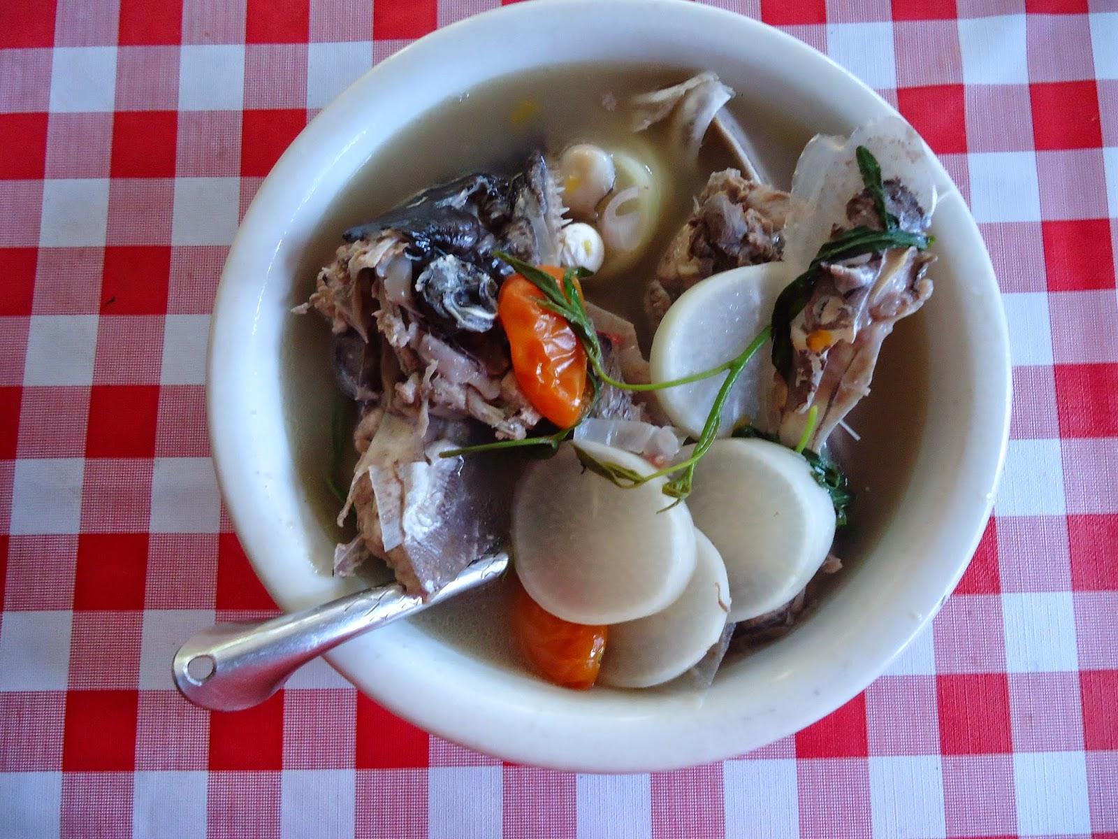 fish sinigang of Filipino sour fish stew