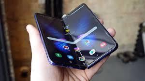 Samsung Galaxy Fold сильно разочаровал поклонников бренда
