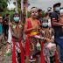 Reog Kuda Kepang Suryo Manunggal Berbagi Takjil Gratis di Bandarejo Pasbar