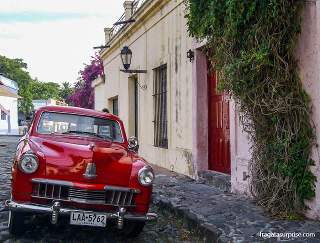 Carro antigo em Colonia del Sacramento, Uruguai