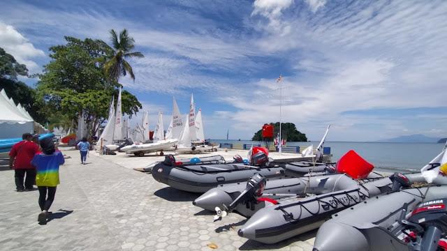 Cabor Layar Siap Lombakan 15 Kelas Putra-Putri dan 1 Kelas Terbuka di Pantai Hamadi.lelemuku.com.jpg