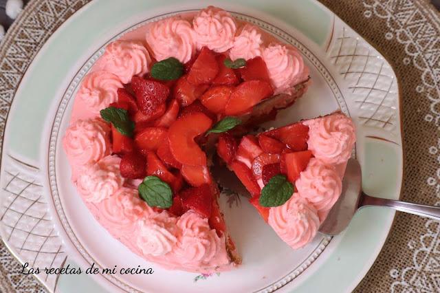 Tarta de fresa ( VIDEORECETA)