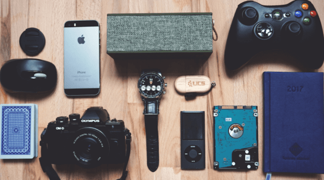 5 best travel gadgets you should know about them