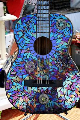 Guitarra forrada con Cds