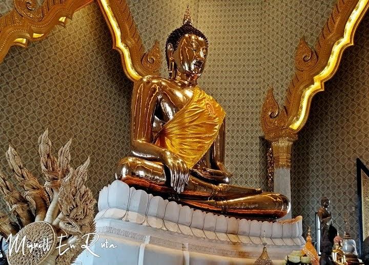 Buda de Oro en Wat Traimit