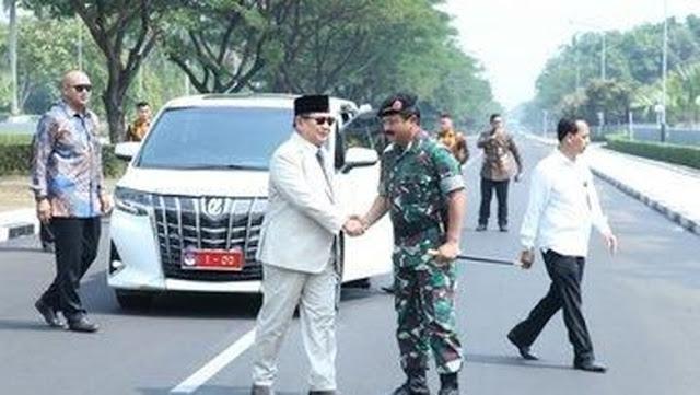 Pelat Nomor Menhan '1-00' Sudah Terpasang di Alphard Prabowo