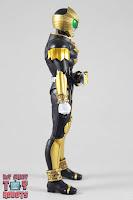 S.H. Figuarts Shinkocchou Seihou Kamen Rider Beast 04