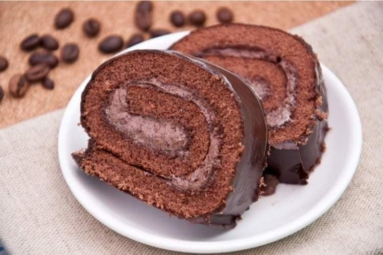 كيك سويسرول بالشوكولاتة