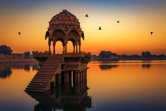 Places to visit in Gadisar Lake Jaisalmer
