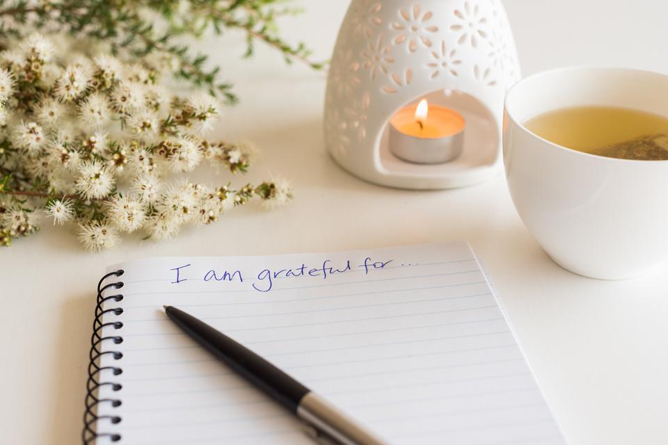 kako_biti_sretan-sreća-dnevnik_zahvalnosti-zahvalnost-dnevnik